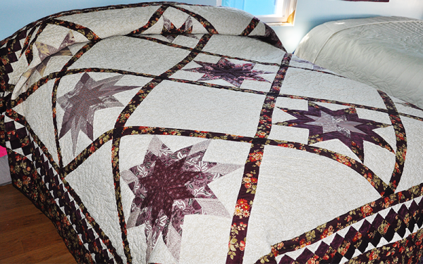 Amish Made Quilt – King Size, Blazing Star