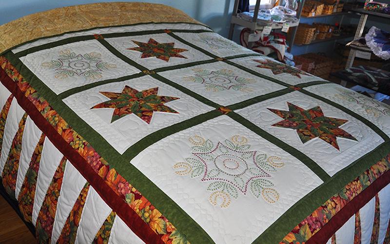 Amish Quilt – Queen Size, Cross Stitch & Star Dahlia