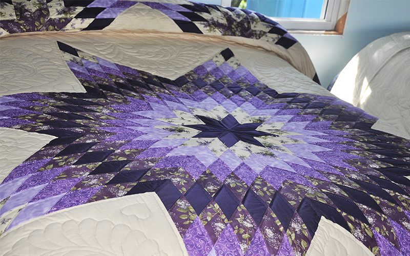 Amish Handmade Quilt – King Size, Lone Star