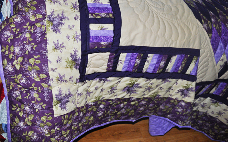 Amish Handmade Quilt – King Size, Lone