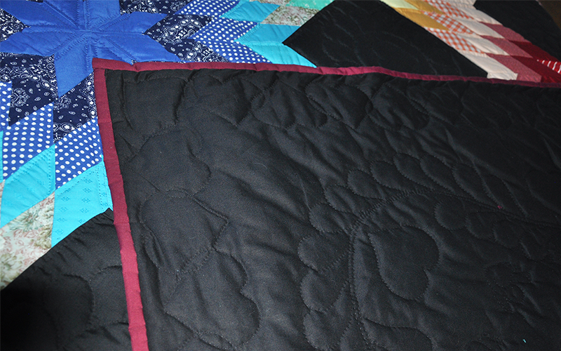Amish Quilt – King Size, Triple Broken Star