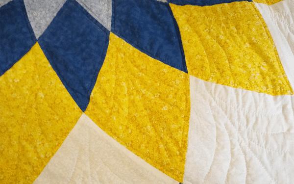 Handmade Amish Quilt Large Dahlia